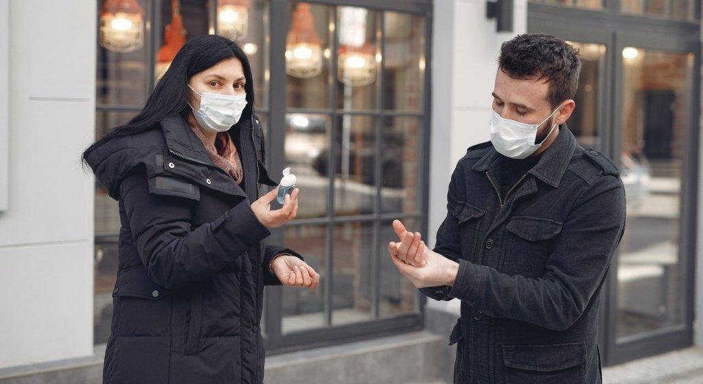 маска защищает от коронавируса
