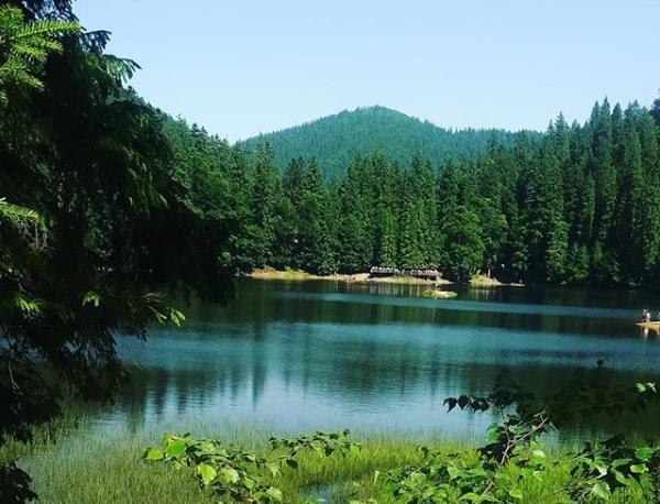 Озеро Синевир в Украине