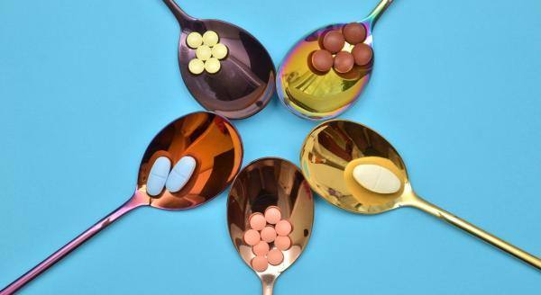 5 популярных лекарств, которые истощают запасы витаминов и минералов в организме