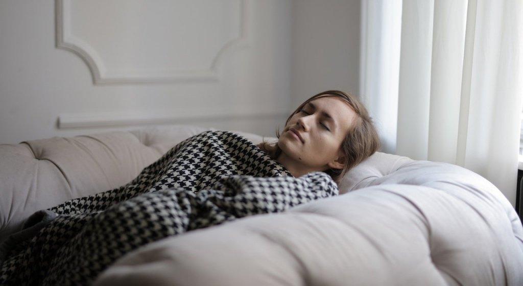 сон, ночной сон, ночной отдых, сон и похудение, как связан сон и похудение, как ускорить метаболизм и сбросить лишний вес, лишний вес, недостаток сна последствия, недостаток сна увеличение веса, недостаток сна и лишний вес, ускорения метаболизма, спорт и сон, сон во время похудения, качество сна, как улучшить качество сна, как улучшить сон, недостаток сна, недосыпание